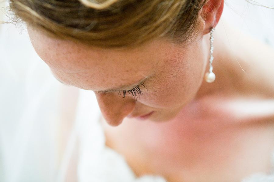 bride in natural light, bride waiting at Carmel mission, Carmel Mission wedding