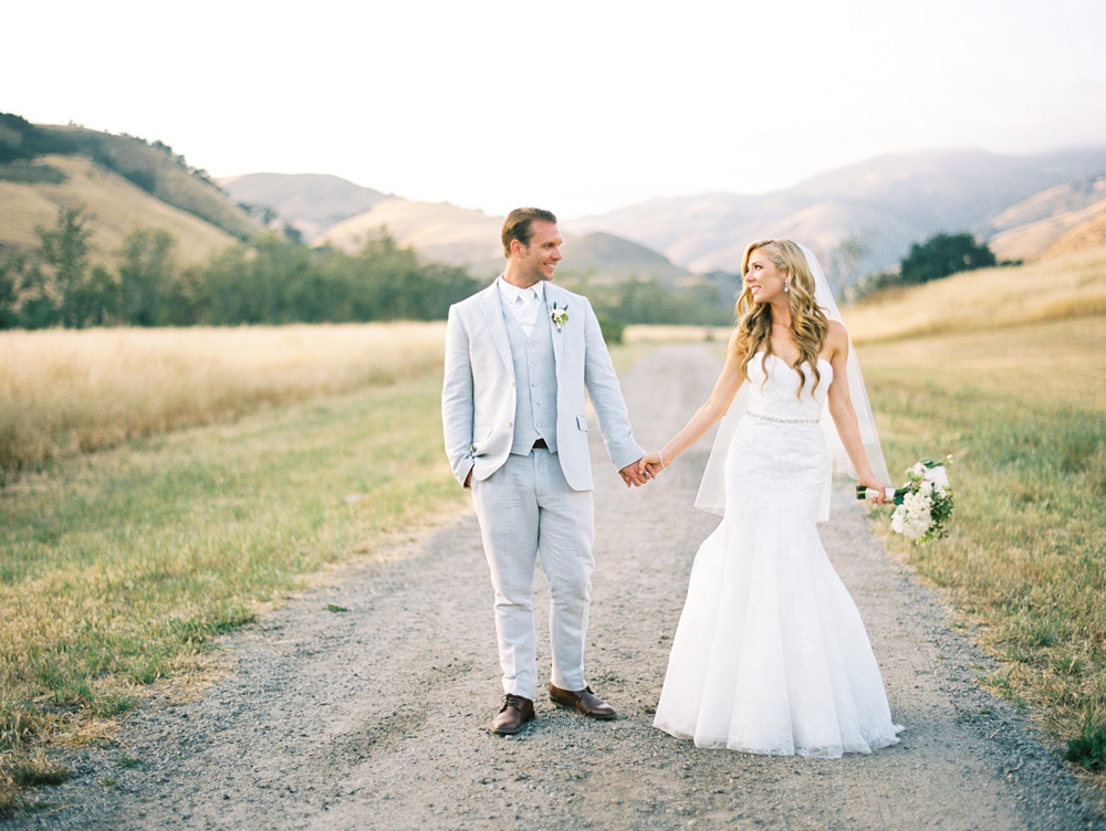 Romantic Ranch wedding in San Luis Obispo : Christine and Brent